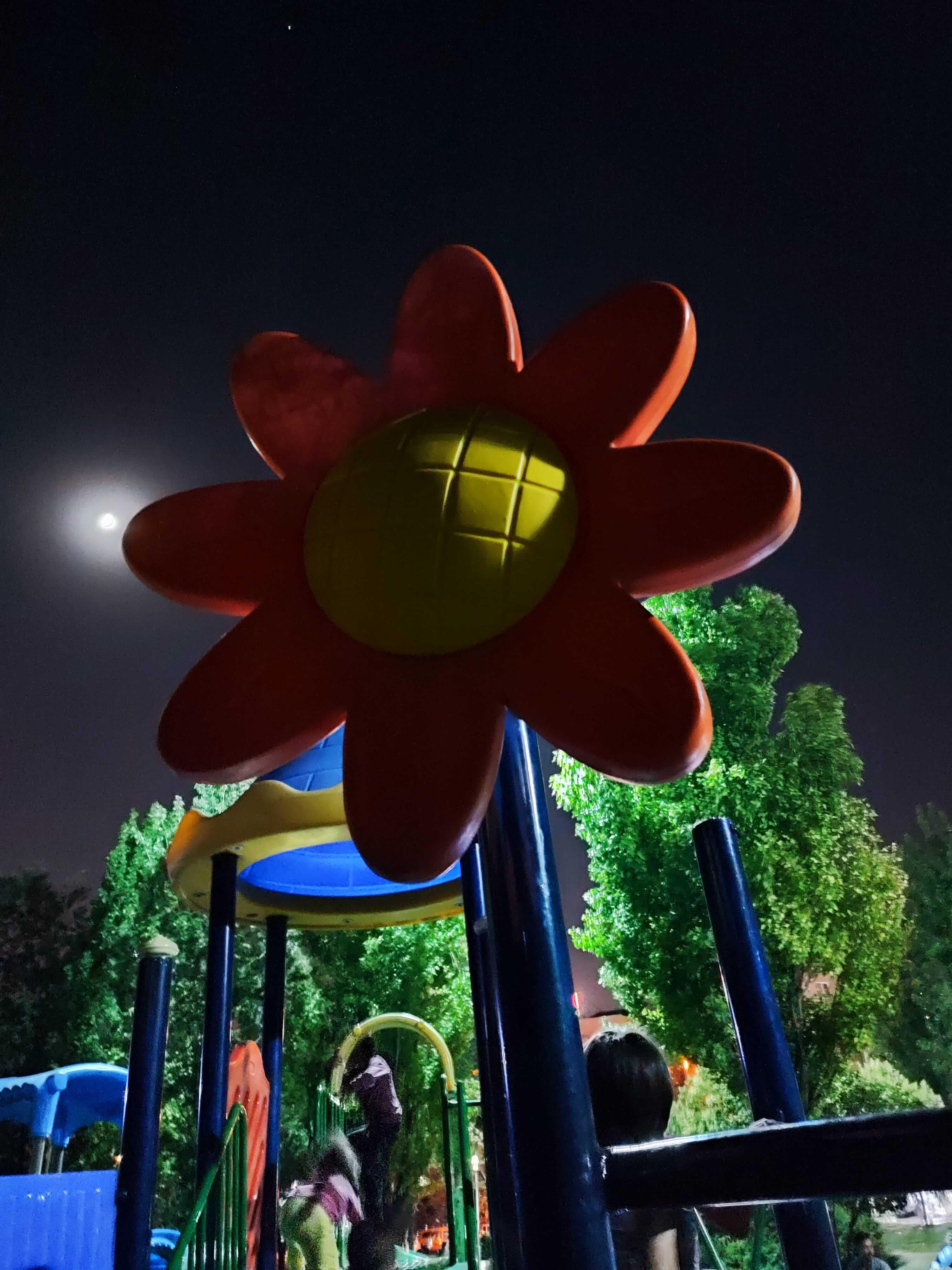 عکاسی در شب با ردمی نوت 10 پرو